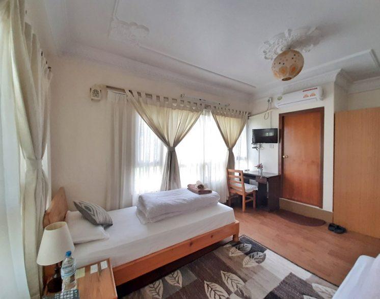 shakya-house-2019100506
